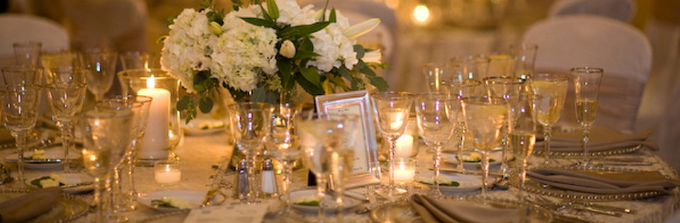 Gorgeous arrangement and table setting